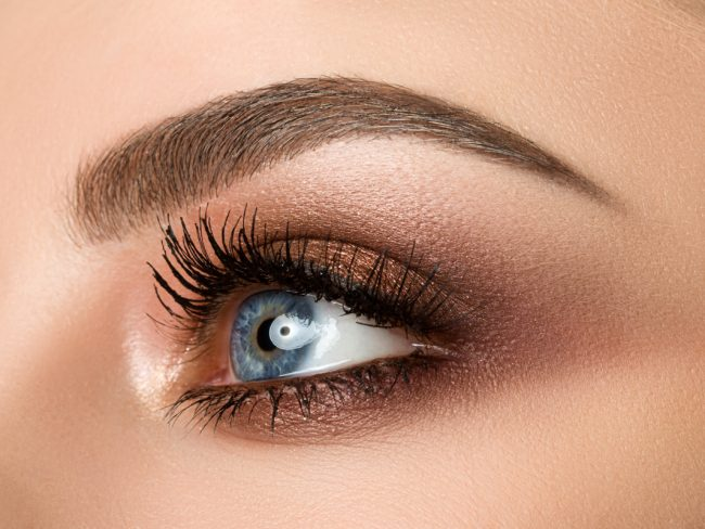 What Does the Henna Brow Process Involve?